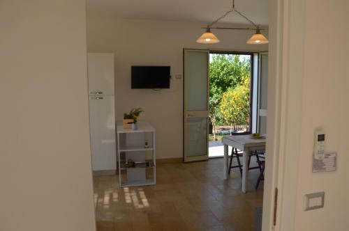 bedroom/living-room